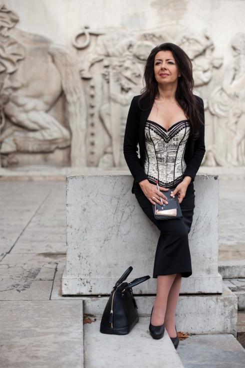 Beata Sievi - Corset Artist and teacher for corsetry