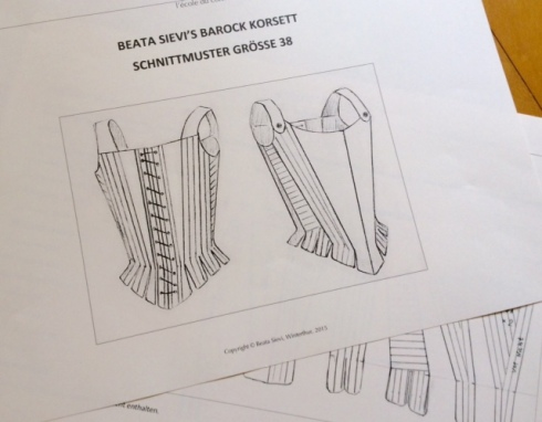 Schnittmuster für Barock-Korsett in Standard-Grösse 38, jetzt im Verkauf bei Beata Sievi Corset Artist