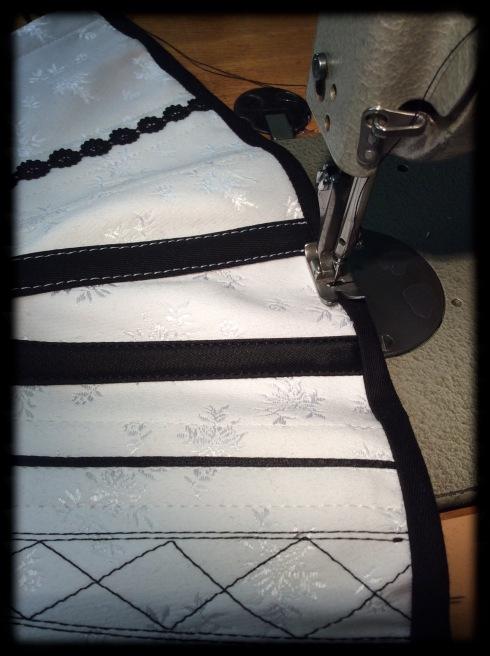 Anfertigung eines traditionelles Korsetts